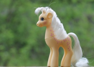 I still have a box of 80s style pony toys from my childhood. I used to scour jumble sales for them. -Image by Hina Ichigo